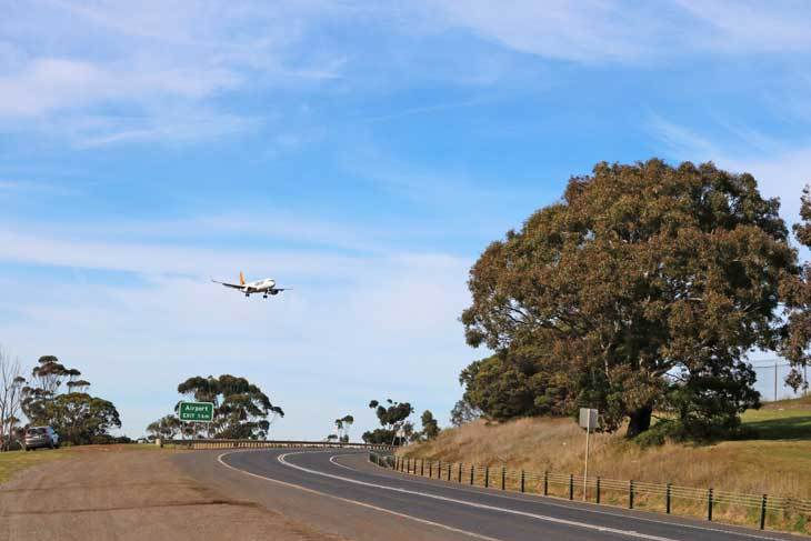 Go Aeroplane-Viewing at Melbourne's Favourite Jet-Spot Stop
