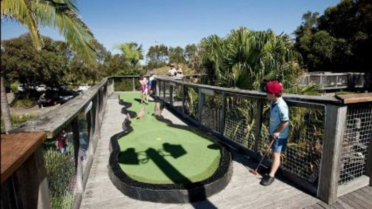 Kids activities northern beaches pittwater golf mini golf
