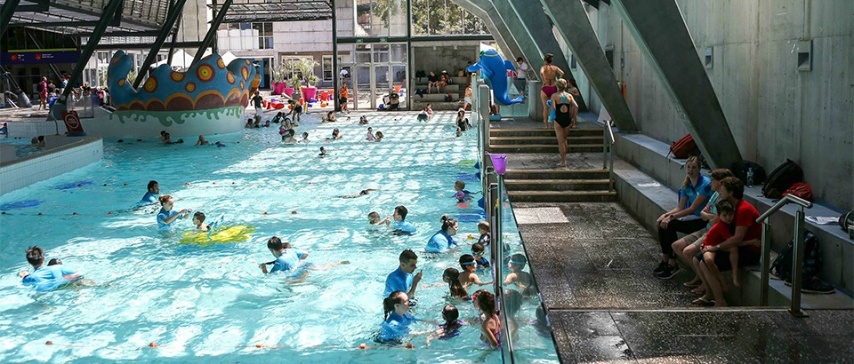 4 College St, Sydney - 5th November 2016. Cook and Phillip Park Aquatic and Fitness Centre open day. The City of Sydney host a series of free open days, inviting locals, visitors and workers to come and explore the City's swimming pools and fitness centres.